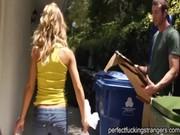 Nicole Aniston, Perfekt Jävla Främlingar