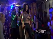 Yong flicka knullas hårt efter dans