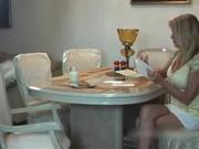 Knubbig mamma ger avsugning för bra betyg