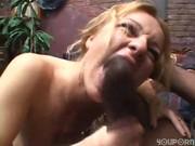 Blondin älskar stora kukar