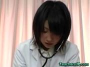 Japanska slampa sjuksköterska fitta muntlig och kuk sugande